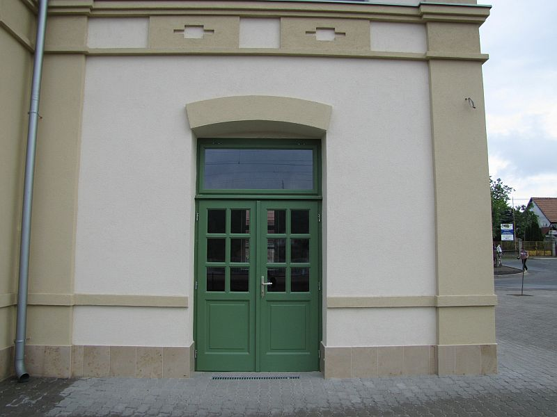 Sülysáp, Vasút utca